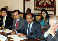 r Hasan Abbas Zaheer, Director, National AIDS Control Programme of Pakistan, Mir Ijaz Hussain Jakhrani, Minister of Health of Pakistan, Mr. Michel Sidibé, Executive Director of UNAIDS and Dr Kevin De Cock, Director