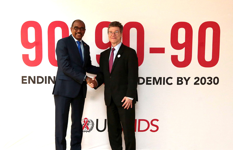 UNAIDS joins forces with the One Million Community Health Workers ... 5512c8372cf