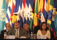 080801_ministers2_200.jpg