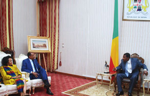 UNAIDS Executive Director meets with Bénin's Head of State